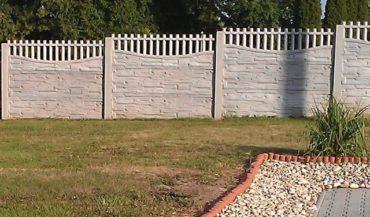 Nový vzor betonového plotu v Olbramicích 01