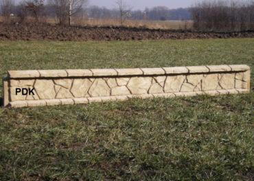Podhrabové desky pod plot