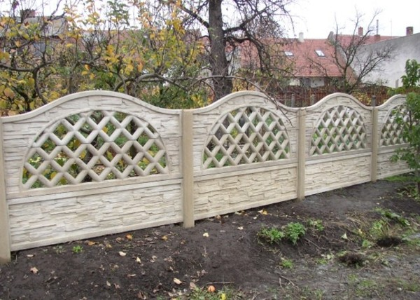 Stavební sezóna je v plném proudu. Už máte plot?